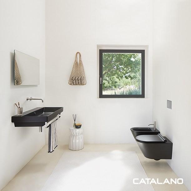Collection vasque en céramique colorée pour la salle de bains