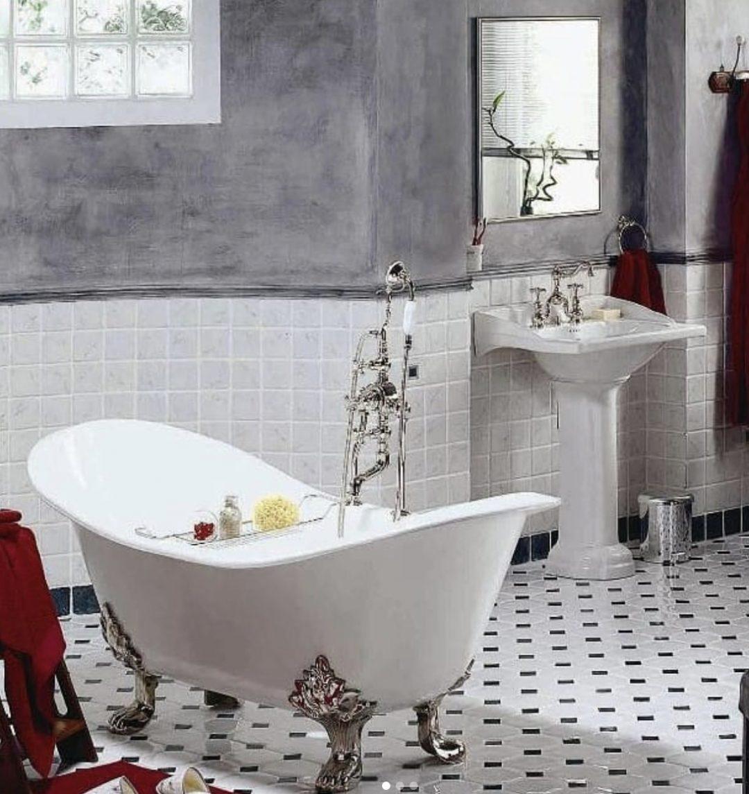 Herbeau - Baignoire en fonte, ambiance rétro dans la salle de bains