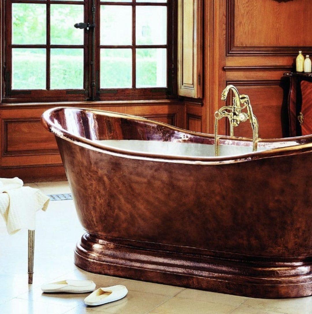 Baignoire en fonte, ambiance rétro dans la salle de bains - Herbeau