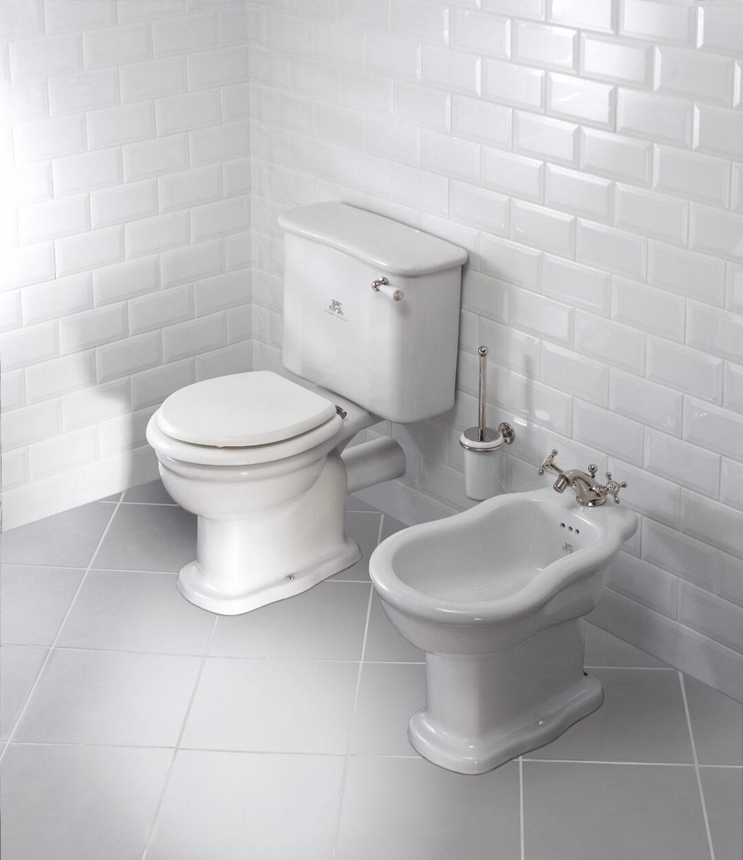 Une salle de bains rétro par Lefroys Brooks à découvrir chez Hydropolis