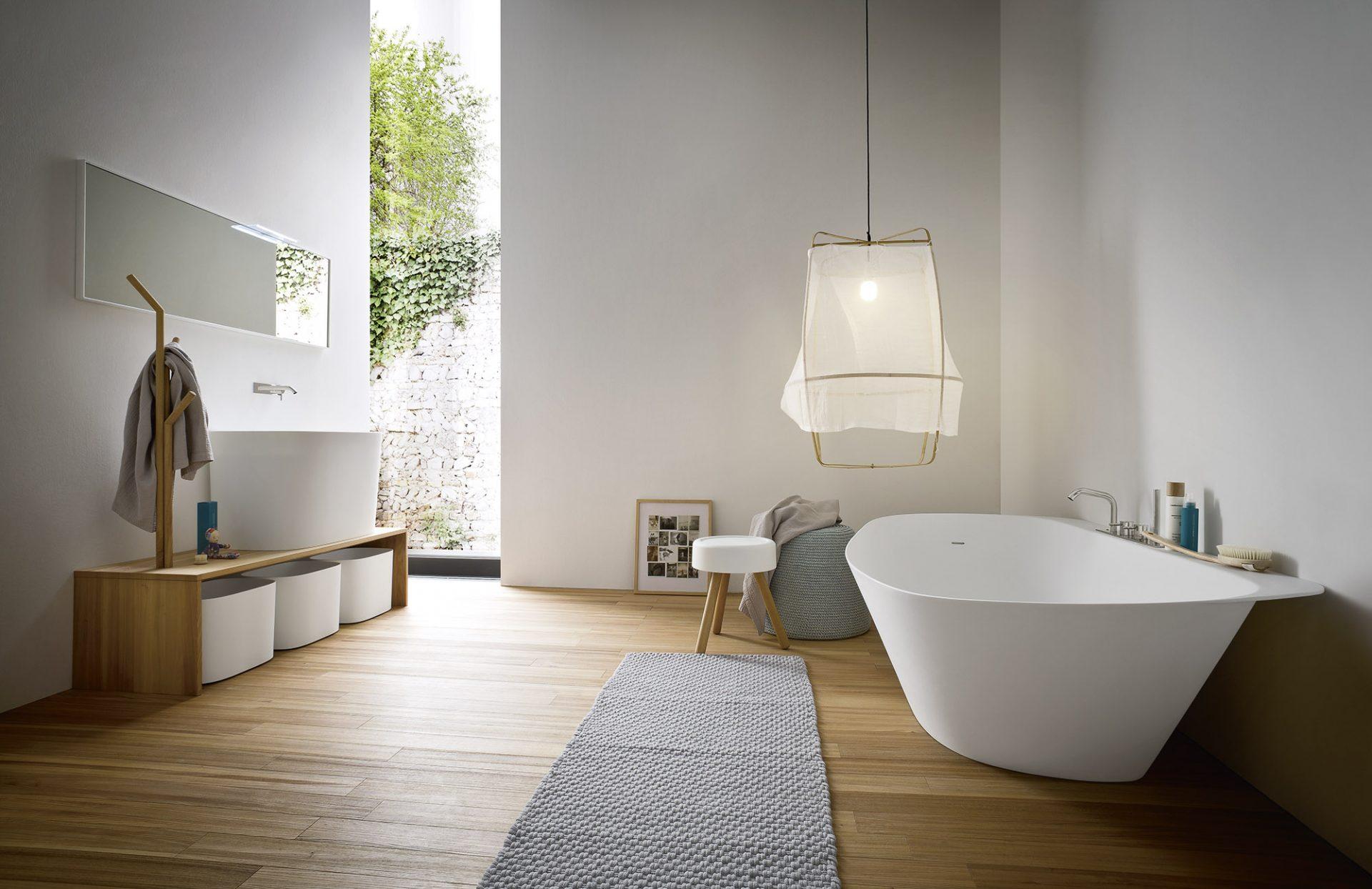 Tendances salles de bains bois et blanc 2021_REXA