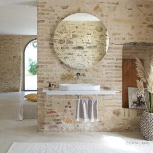 Vasque suspendue en céramique avec porte-serviettes_Catalano Chez Hydropolis